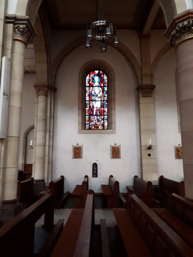 Kirchenfenster heiliger Aloisius St. Joseph-Kirche Gelsenkirchen-Schalke