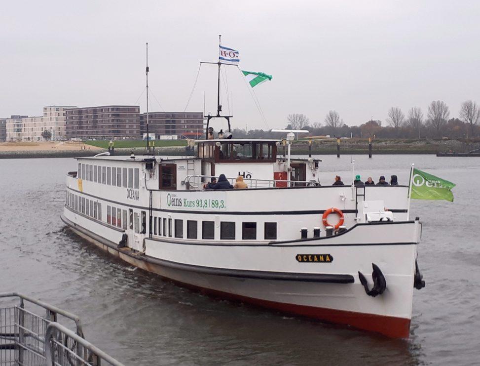 Die Fähre zum Weserstadion, Bremen